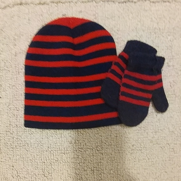 NWT TODDLER BUNNY WINTER HAT WTIH GLOVES ONE SIZE TODDLER